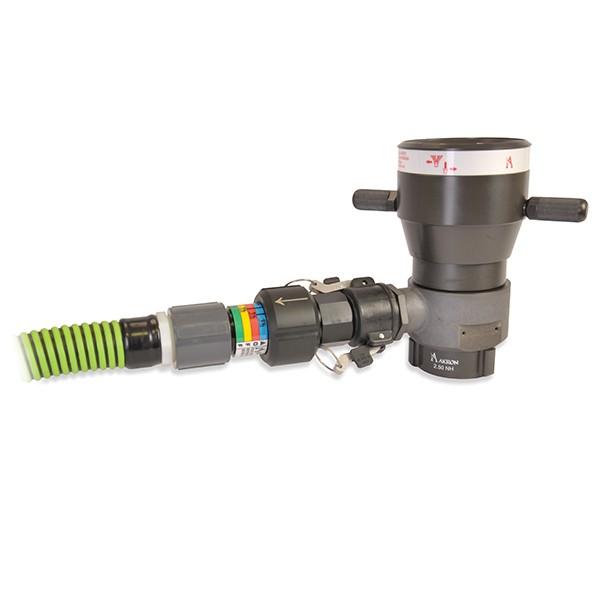 Akron akrofoam master stream nozzle with pickup tube